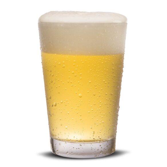 Pilsner olutta tuopissa