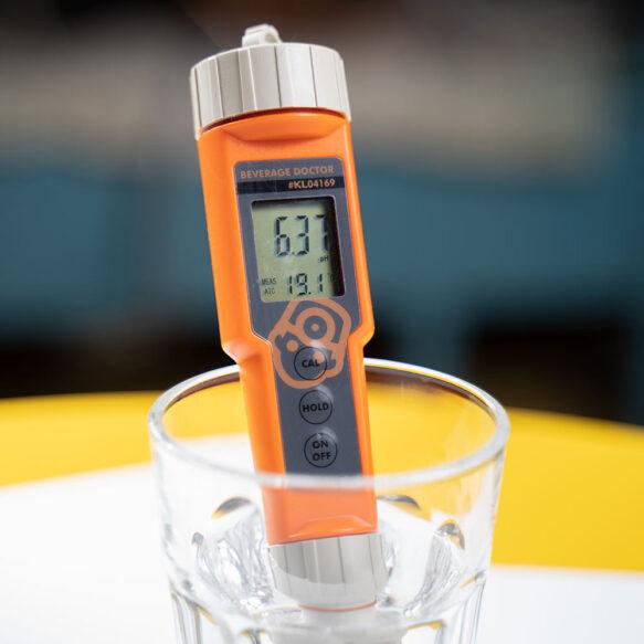 pH mittarin kalibrointi